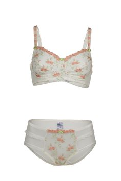 Sexy and feminine post-surgical mastectomy lingerie. The bras are functional with a pocket in each cup to allow for a secure fit for breast prosthesis and are suitable for reconstructed breasts. Woman Back, Breast Cancer, String Bikinis, Feminine, Lingerie, Pocket, Elegant, Stylish, Sexy