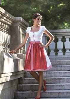 Country Line Dirndl Dirndl Dress, Bustle Dress, Dress Skirt, Fashion Now, Fashion Outfits, Circle Dress, German Fashion, Flattering Dresses, Retro Outfits