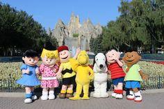 9 Tips for Visiting Canada's Wonderland Theme Park near Toronto via @travelmamas