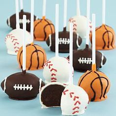 Sports themed cake pops that could be transferred to candy apples Brownie Pops, Cookie Pops, Cupcakes, Cupcake Cookies, Baby Cake Pops, Sports Themed Cakes, Chocolate Cake Pops, Sport Cakes, Valentines Day Presents