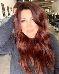 auburn hair 37 2019 Red Hair Trend You Need to Try red hair, hair color, hair style, orange hair Fall Hair Colors, Brown Hair Colors, Brown To Red Hair, Fall Red Hair, Brown Auburn Hair, Long Red Hair, Short Hair, Red Colored Hair, Nice Hair Colors