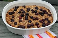 Baked Oatmeal with Blueberries - healthy breakfast for a week.  Add a couple of dollops of greek yogurt on top! Easy & delicious!