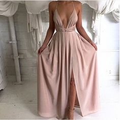 Solid color V-neck backless dress