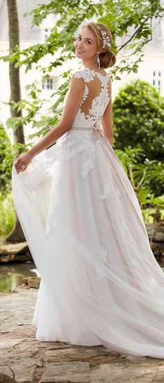 °°#2   Wedding Dress by Stella York Spring 2017 Bridal Collection