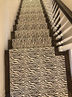 Perfect Color Balance For A Contemporary Look! #carpet #flooring #stairs # Stair #stairrunner #stair Runner #carpets #rugs #rug #animalprint #animal  Print ...