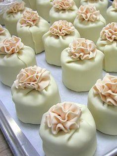 Fancy Cakes, Mini Cakes, Cupcake Cakes, Food Cakes, Gorgeous Cakes, Amazing Cakes, Petit Cake, Mini Cheesecakes, Little Cakes