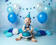 What Matters Most Photography : Broomfield, Colorado Newborn and Baby Photograph… - Birthday Cake Blue Ideen First Birthday Balloons, Boys First Birthday Party Ideas, Baby Cake Smash, 1st Birthday Photoshoot, Baby Boy 1st Birthday Party, 1st Birthday Cake Smash, Boy Birthday Pictures, Cake Smash Pictures, Foto Baby