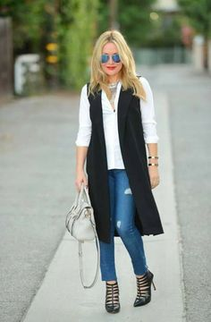 Have a look at our wide array of Women's Vest inclusive of puffer shirt, down jacket, quilted garment from top-rated. Black Vest Outfit, Sweater Vest Outfit, Long Sweater Vest, Vest Outfits For Women, Fall Outfits, Casual Outfits, Fashion Outfits, Clothes For Women, Women's Fashion