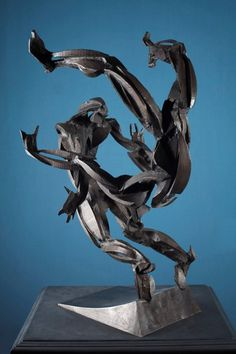 Founders Sculpture Prize winner 2007 - Turning Man by Sophie Dickens