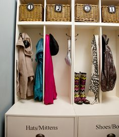 Organize Your Laundry Room - I'm on a roll to find new ways to organize my confined humble abode. This article had cute ways to organize a laundry room attacked by the other inhabitants of the home. Home Organization Hacks, Laundry Room Organization, Organizing Tips, Entryway Closet, Entryway Ideas, Mudroom, Basket Shelves, Front Rooms, Built In Shelves