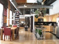 To make the loft's open floor plan work, the clutter had to be eliminated. HGTV fan achieves a thoroughly modern look in his urban Philadelphia loft by only showcasing sleek, purposeful designs. Everything is on display, yet everything you see has a use. Home Design, Küchen Design, Rustic Design, Design Ideas, Studio Design, Design Inspiration, Beautiful Kitchen Designs, Beautiful Kitchens, Loft Spaces