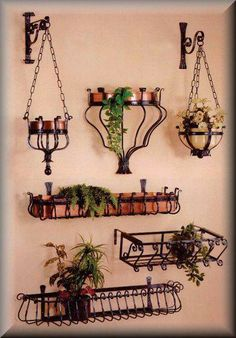 2012 manufacturer Decorative iron crafts flower shelf for garden flower wrought iron Wrought Iron Decor, Iron Furniture, Iron Art, Metal Crafts, Plant Holders, Flower Crafts, Blacksmithing, Metal Art, Plant Hanger