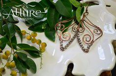 Aretes en alambre de cobre. Precio: 7.000 colones / $ 14.00 CDI: 1-00009 #diseñounico #handmadejewerly #allure #joyeriadeautor #hechoamano  #diseñotico #originaldesigns #allurebysc #jewerly #craftjewelry #hechoencostarica #costarica #regaloespecial