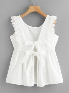 Boho Plain Regular Fit Round Neck Cap Sleeve Placket White Regular Length Tie Back Lace Trim Smock Blouse Source by daydaychic clothes fashion moda Blouse Styles, Blouse Designs, Kids Outfits, Cute Outfits, Make Your Own Clothes, Girl Fashion, Fashion Outfits, Mode Chic, Mode Hijab