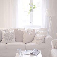 My livingroom tinekhome