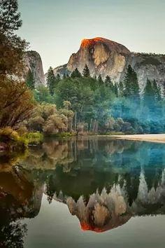 Half Dome in Mirror Lake @ Yosemite National Park