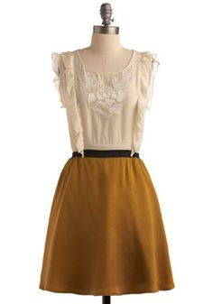 ok, i know yellow wasn't the overarching theme for the dresses, but this one ties in all the elements and is so darling!