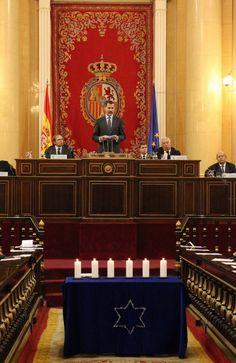 Su Majestad el Rey, durante sus palabras. Palacio del Senado. Madrid, 27.01.2015