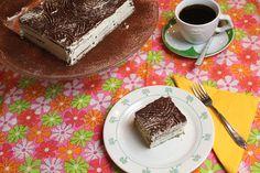 Wie lust er geen petit beurre taart? Dit gebakje, ook wel 'koekjestaart' is dan ook de favoriet van jong en oud. Zelf eens maken? Dit is het recept. Tiramisu, Sweet Treats, Pudding, Sweets, Bread, Homemade, Cupcakes, Dinner, Pie