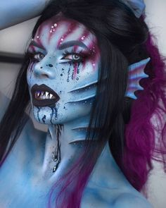 Are you looking for inspiration for your Halloween make-up? Browse around this website for creepy Halloween makeup looks. Beautiful Halloween Makeup, Halloween Makeup Looks, Mermaid Halloween Makeup, Creepy Halloween Makeup, Halloween Costumes, Halloween 2016, Sfx Makeup, Cosplay Makeup, Makeup Set