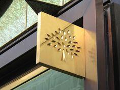 Mulberry Industrial signage, Bussines inventive signage, señaletica empresarial, diseño de locales comerciales