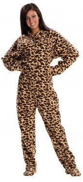 2008 Pyjamas Animal Print Footed Onesie Style Still in Fashion