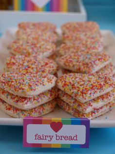Kids Party Food Ideas Take the stress out of organising your child's birthday party with these quick and simple party food ideas. These delicious recipes will have everyone racing to the party food table in no time at all! Dragon Birthday Parties, Birthday Party Snacks, Fairy Birthday Party, Rainbow Birthday Party, 30th Birthday, Party Food Table Ideas, Easy Party Food, Party Ideas, Food Ideas