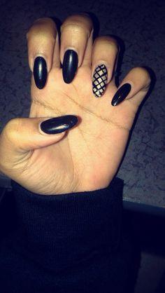 Nails on Fleeeek