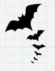 Here are some bats to add to your halloween decor. If you like them find them here in SVG format. Coming tomorrow. Bat Silhouette, Silhouette Portrait, Silhouette Cameo Projects, Theme Halloween, Halloween Bats, Holidays Halloween, Festa Hotel Transylvania, Halloween Invitaciones, Manualidades Halloween