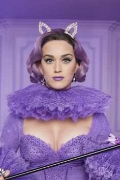 Katy Perry behind the scenes for CoverGirl. I love Katy Perry Katy Perry Photos, Katy Perry Gallery, Russell Brand, Katy Perry Unconditionally, Lipstick Collection, Her Music, Covergirl, Dark Hair, Celebs