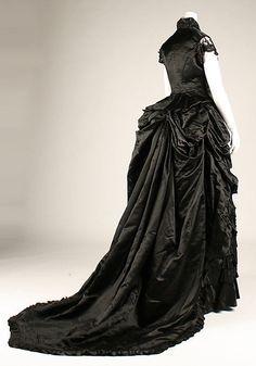 Dinner dress Date: 1870s Culture: American or European Medium: silk, glass