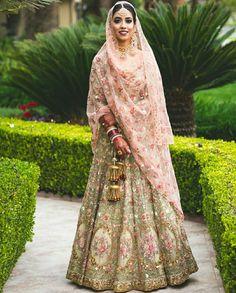 Best Trendy Outfits Part 20 Asian Wedding Dress, Pakistani Wedding Outfits, Wedding Dresses For Girls, Bridal Outfits, Pakistani Dresses, Indian Dresses, Indian Outfits, Bridal Dresses, Wedding Lenghas