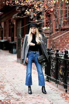 Jeans outfit winter, cropped jeans outfit и flare jeans outfit. Cropped Jeans Outfit, Flare Jeans Outfit, Jeans Outfit Winter, Outfit Summer, Mode Chic, Mode Style, Jeans Kick Flare, Crop Flare Jeans, Jean Outfits