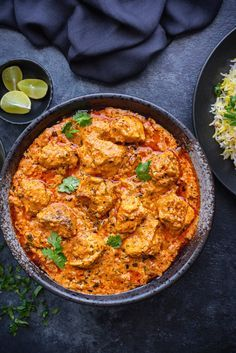 Best restaurant style Indian Chicken tikka masala recipe step by step. An easy murgh tikka masala recipe of succulent roasted chicken pieces dunked in rich creamy tomato tikka masala gravy Chicken Tikka Butter Masala, Best Chicken Tikka Masala Recipe, Chicken Tikka Marsala Recipe, Indian Chicken Masala, Chicken Tikka Curry, Paneer Tikka, Louisiana Chicken Pasta, Tandori Chicken, Gourmet