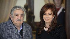 Cristina Fernández y José Mujica en Casa Rosada, durante la visita oficial del mandatario uruguayo