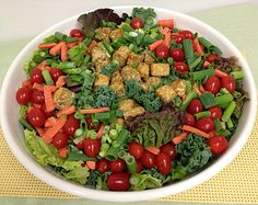 A diet rich in fruit, vegetables, whole grains and beans, like this salad, can help cut the risk of Alzheimers disease, according to Dr. Neal Barnard, author of Power Foods for the Brain. (WTOP/Paula Wolfson)