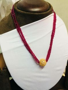 Clothes boho jewellery Ideas for 2019 Gold Bangles Design, Gold Jewellery Design, Bead Jewellery, Beaded Jewelry Designs, Gold Earrings Designs, Necklace Designs, Gold Jewelry Simple, Fashion Jewelry, Ruby Beads