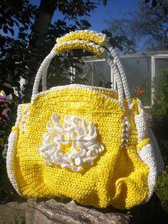 Crochet bag, flowers. Crochet daisy.