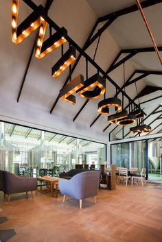 Wild Clover Breweries in Stellenboschis sporting a newly designed restaurant, brewery and deli that perfectly match the taste and charm of the brand's celebrated home-brewed beer. The design displays a heady contempor. Brewery Design, Pub Design, Rustic Design, Brewery Interior, Cafe Interior, Interior Design, Brewery Restaurant, Restaurant Design, Restaurant Interiors