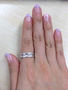 nail design. Daisy Duck?