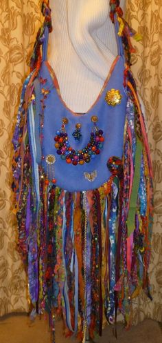 Handmade Gypsy Boho Festival Bag Purse Fringe Beads Super Colorful Some Vintage Fringe Purse, Fringe Bags, My Bags, Purses And Bags, Hippie Purse, Handmade Purses, Boho Festival, Ibiza, Cross Body