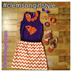 Clemson Girl Gameday Outfit - Share your Clemson gameday outfits from the Clemson vs. Georgia game and win a Clemson Girl prize pack! Clemson Football, Clemson Tigers, Football Season, College Football, Tiger Girl, New Ray Ban Sunglasses, Georgia Girls, Perfect Wardrobe
