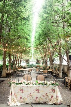 sweetheart table - photo by Twin Lens Weddings by Georgia and Sarah http://ruffledblog.com/edwardian-england-wedding-ideas