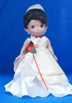 Tiana Princess Frog Disney Christmas Treasure Precious Moments Doll Signed 4852 #PreciousMoments