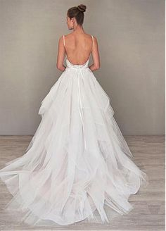 Alluring Lace & Tulle Spaghetti Straps Neckline Ball Gown Wedding Dresses…