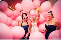 I'm most definitely having a balloon room. Imagine how fun these pictures are.