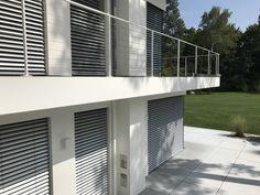 I-SYS Edelstahlseilsystem - Transparenz und Sicherheit, realisiert mit Edelstahlseilen von Carl Stahl Architektur. Mit weit über 1000 Einzelteilen und noch mehr Kombinationsmöglichkeiten gelingt es dem System, nahezu jedes Problem spielend zu lösen. Auch als Geländerfüllung am privaten Balkon mit Seilen aus dem Programm I-SYS.