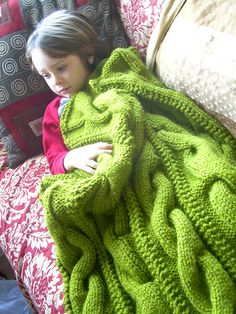Squishy big knitted blanket. LOVE!---yes please!!! In Teal