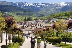 Los 14 pueblos de montaña más bonitos de España Tourist Spots, Vacation Spots, Beautiful Places In Spain, Places To Travel, Places To Visit, Spain Holidays, Summer Sky, World Photo, Spain And Portugal