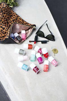 Voici les deux couleurs du mois d'Avril, créées par Kure Bazaar. Elles vous plaisent ? http://blog.peintures1825.fr/les-deux-couleurs-du-mois-dav…/